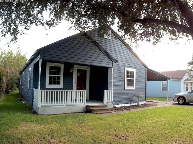 2207 7th Ave North, Texas City, TX 77590 (MLS #80511293) :: The SOLD by George Team