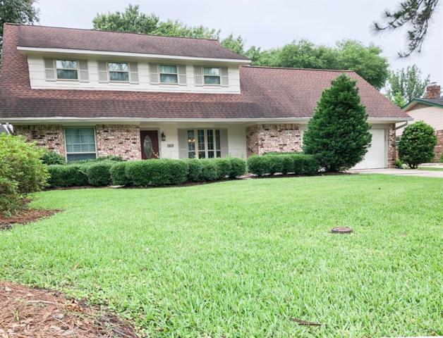 1815 Elmwood Court, Sugar Land, TX 77498 (MLS #80550077) :: Texas Home Shop Realty