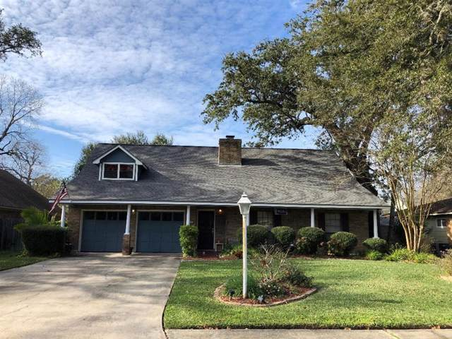 126 Mesquite Street, Lake Jackson, TX 77566 (MLS #80837876) :: The SOLD by George Team