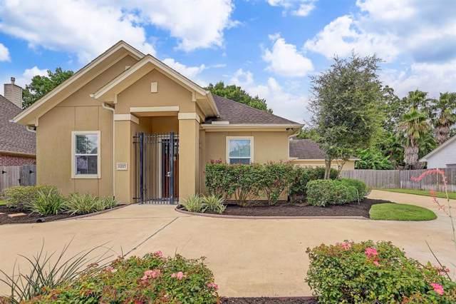 1227 Plantation Drive, Richmond, TX 77406 (MLS #80885237) :: Caskey Realty