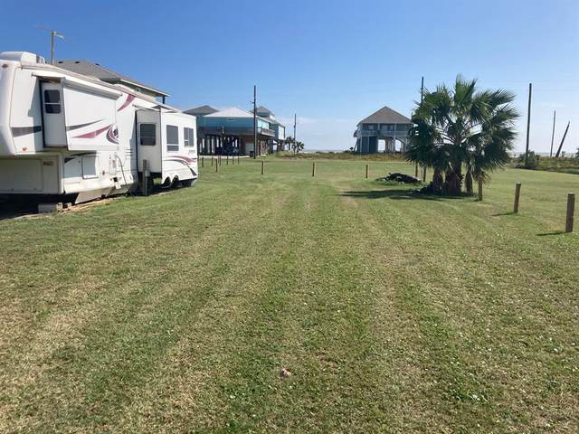 1968 Avenue H, Crystal Beach, TX 77650 (MLS #80993971) :: The Sansone Group