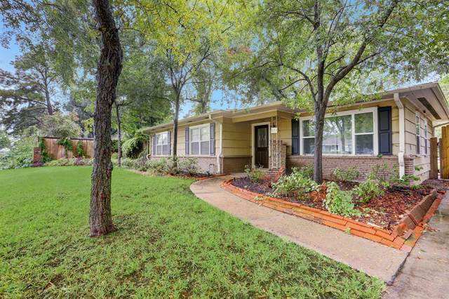 843 T C Jester Boulevard, Houston, TX 77008 (MLS #81165816) :: The Wendy Sherman Team