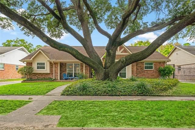 6042 Cheena Drive, Houston, TX 77096 (MLS #81326655) :: The Bly Team