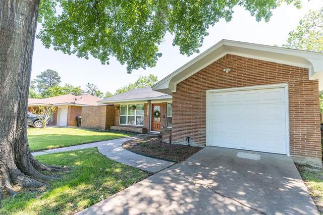 2027 Brimberry Street, Houston, TX 77018 (MLS #81464184) :: The SOLD by George Team