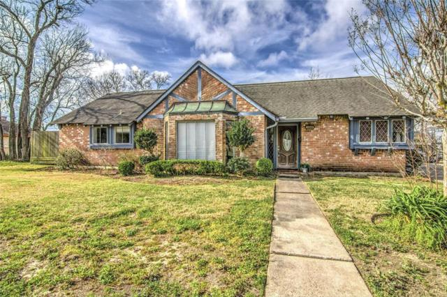 2804 Frostwood Circle, Dickinson, TX 77539 (MLS #81467911) :: Texas Home Shop Realty