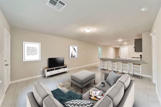 15282 W Arrowhead Loop, Willis, TX 77378 (MLS #81514544) :: The Home Branch