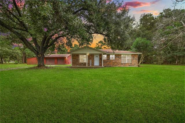 1521 County Road 2291, Cleveland, TX 77327 (MLS #81552505) :: Michele Harmon Team