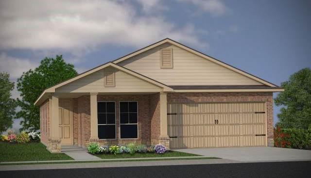 911 Fannin Street, Brenham, TX 77833 (MLS #81623634) :: The SOLD by George Team