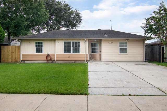1414 Regal Street, Houston, TX 77034 (MLS #81647901) :: Michele Harmon Team