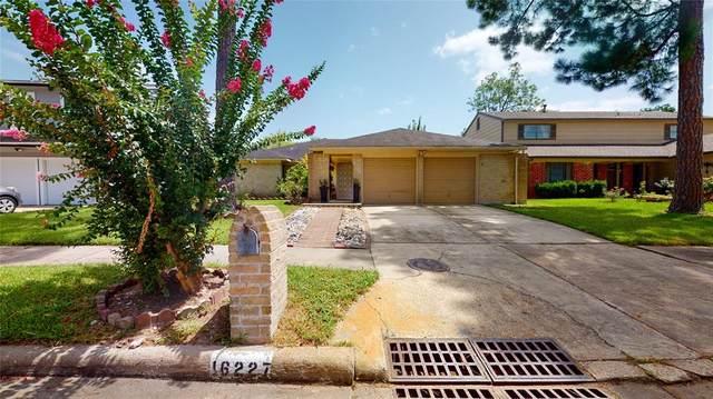16227 Espinosa Drive, Houston, TX 77083 (MLS #81651444) :: The Sansone Group