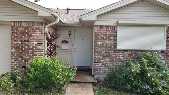 3507 Avenue K, Galveston, TX 77550 (MLS #817476) :: Guevara Backman