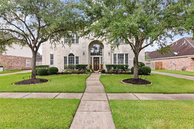 3119 Wickwood Court, Pearland, TX 77584 (MLS #81837635) :: Connell Team with Better Homes and Gardens, Gary Greene