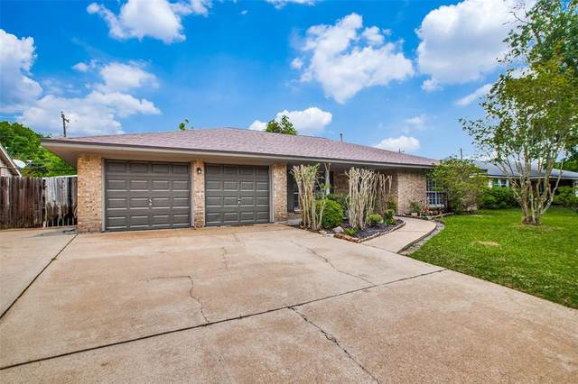 1703 Happy Valley Drive, Baytown, TX 77520 (MLS #81895299) :: Connect Realty