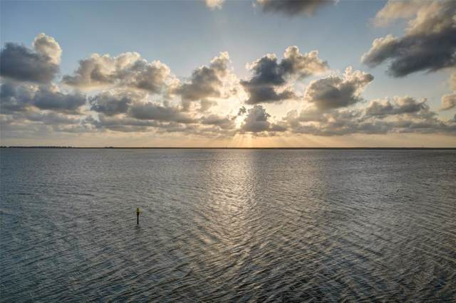000 Isles End Road, Tiki Island, TX 77554 (MLS #8192710) :: Guevara Backman