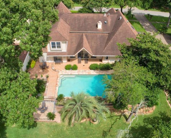 2033 Oceanview Drive N, Seabrook, TX 77586 (MLS #81972442) :: Texas Home Shop Realty