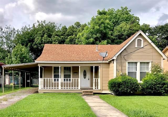 216 W Lobit Street, Baytown, TX 77520 (MLS #81991875) :: Bray Real Estate Group