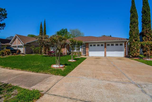 11526 Creekhurst Drive, Houston, TX 77099 (MLS #82037854) :: Ellison Real Estate Team