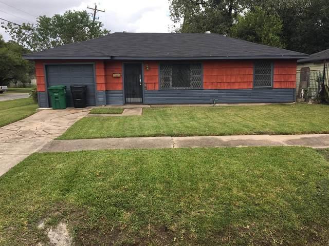 5001 Kenilwood Drive, Houston, TX 77033 (MLS #82069283) :: Christy Buck Team