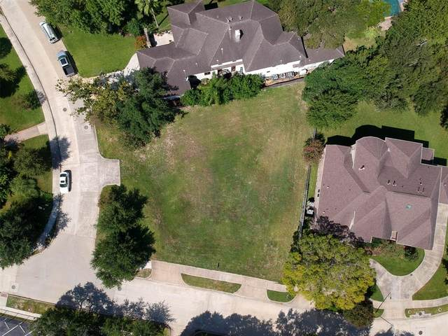 9002 Cliffwood Drive, Houston, TX 77096 (MLS #82118526) :: The Home Branch