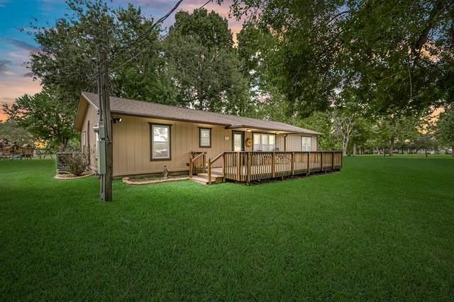 2730 Shouse Road, Santa Fe, TX 77510 (MLS #8223876) :: Michele Harmon Team