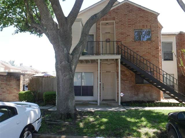 10138 Waterstone Drive #54, Houston, TX 77042 (MLS #82242456) :: Michele Harmon Team
