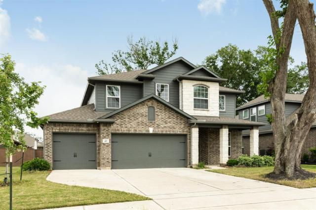 107 Forest Bend Court, Clute, TX 77531 (MLS #82256004) :: Texas Home Shop Realty