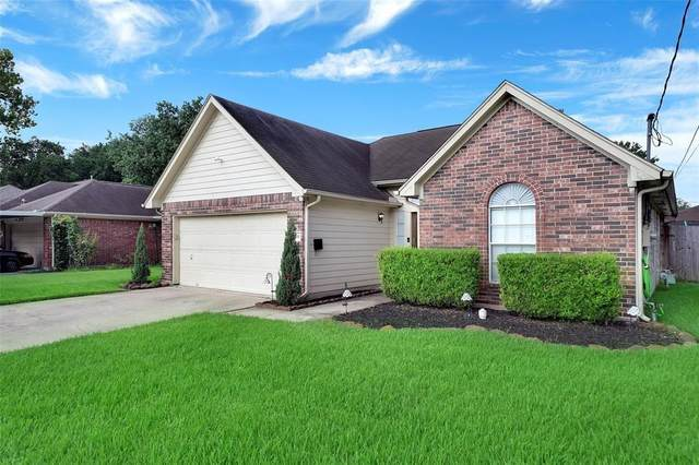 1214 Dutch Street, Deer Park, TX 77536 (MLS #82293310) :: NewHomePrograms.com LLC