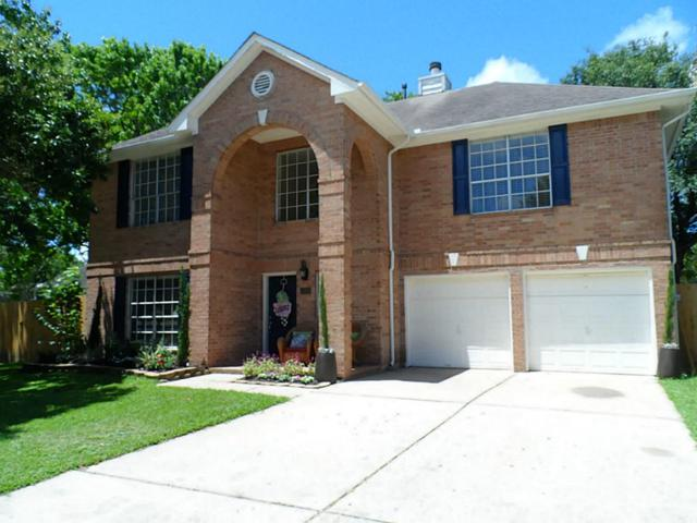 1319 Lone Oak, League City, TX 77573 (MLS #82314714) :: REMAX Space Center - The Bly Team