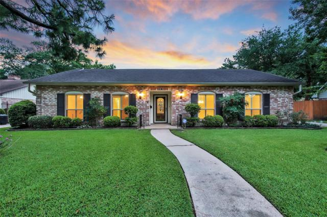 10915 Overbrook Lane, Houston, TX 77042 (MLS #82436892) :: The SOLD by George Team