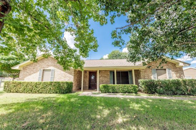 1057 Barten Road, Columbus, TX 78934 (MLS #82457397) :: The Heyl Group at Keller Williams