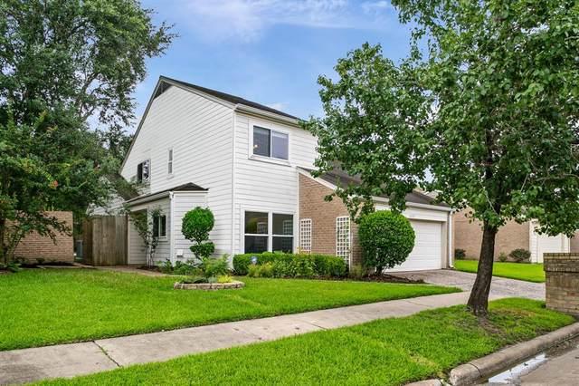 12135 Gladewick Drive, Houston, TX 77077 (MLS #82480354) :: The Bly Team