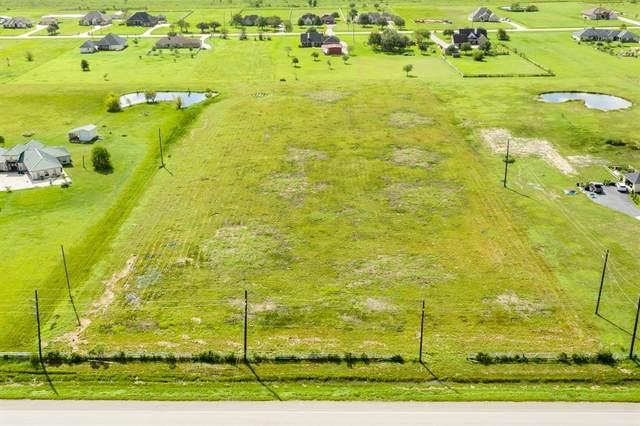 7426 E Farm To Market 1462, Rosharon, TX 77583 (MLS #82492754) :: TEXdot Realtors, Inc.