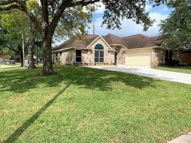 2707 N Peach Hollow Circle, Pearland, TX 77584 (MLS #82529411) :: Christy Buck Team