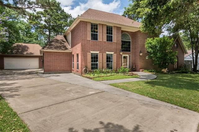 708 Bayou Crest Circle, Dickinson, TX 77539 (MLS #82563090) :: Rachel Lee Realtor
