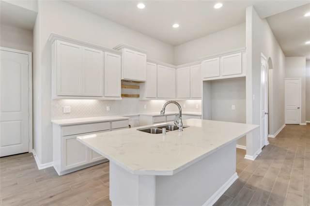 25218 Sandy Deer Lane, Porter, TX 77365 (MLS #82588689) :: The Home Branch