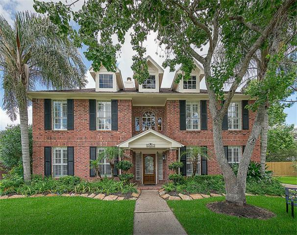 1501 Oak Hollow Drive, Friendswood, TX 77546 (MLS #82713592) :: The SOLD by George Team