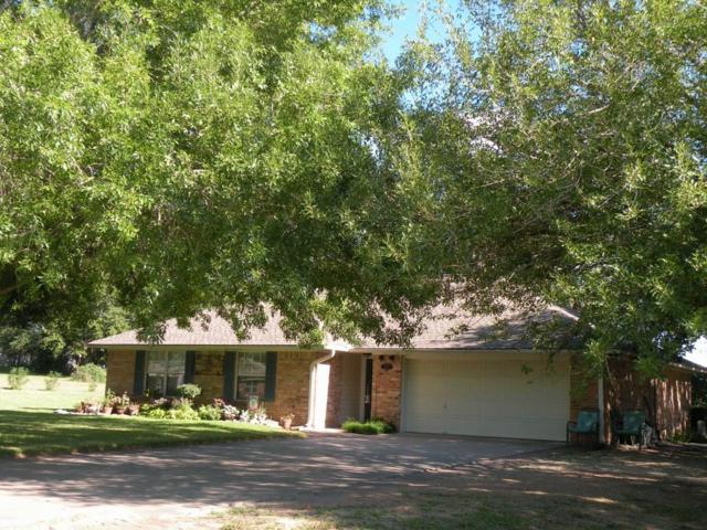 2431 Country Meadows Lane, Brenham, TX 77833 (MLS #82714915) :: Magnolia Realty