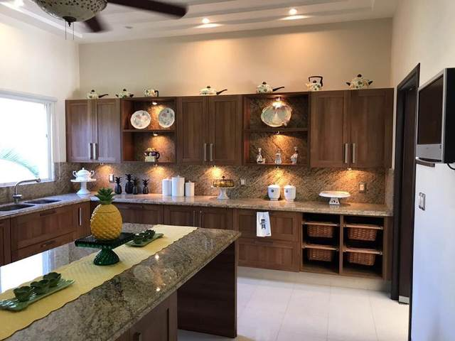 Avenida Francisco I Madero 100, Cancun, TX 77000 (MLS #82796320) :: Connell Team with Better Homes and Gardens, Gary Greene