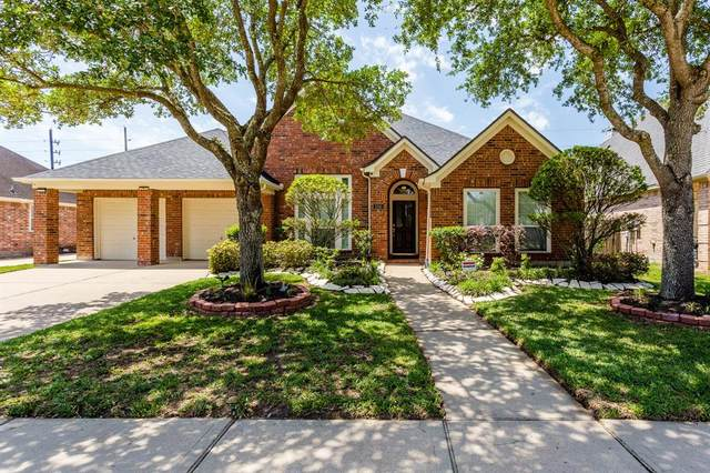3310 Waters Edge Drive, Manvel, TX 77578 (MLS #82812810) :: Area Pro Group Real Estate, LLC