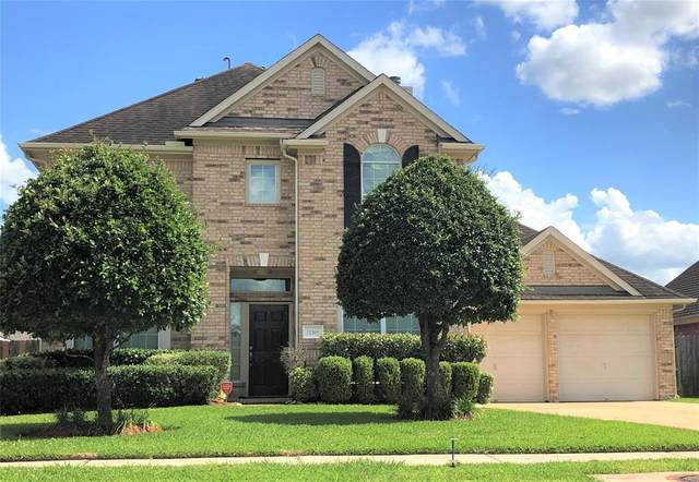 11308 Silver Bay Court, Pearland, TX 77584 (MLS #82880314) :: Christy Buck Team