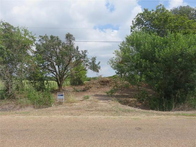 809 County Road 227, East Bernard, TX 77435 (MLS #8292724) :: The Bly Team
