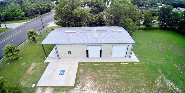 314 N La Grange Street, Flatonia, TX 78941 (MLS #82965791) :: Giorgi Real Estate Group