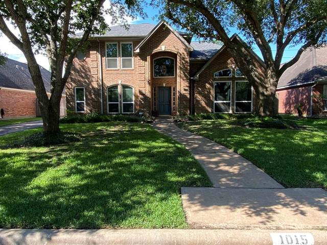 1015 Rosemeadow Drive, Houston, TX 77094 (MLS #82982109) :: The SOLD by George Team
