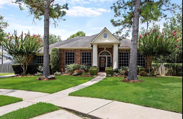 602 Lake Forest Drive, Friendswood, TX 77546 (MLS #83039682) :: Texas Home Shop Realty