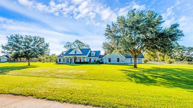 957 Mill Road, Angleton, TX 77515 (MLS #83057066) :: Magnolia Realty