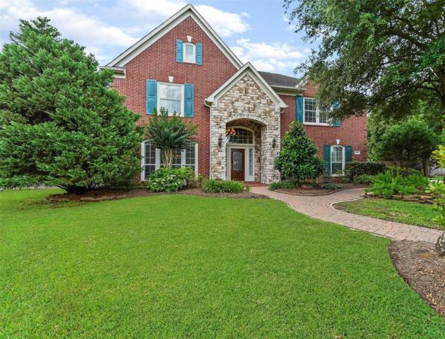1700 Sandy Lake Drive Drive, Friendswood, TX 77546 (MLS #83097659) :: The SOLD by George Team