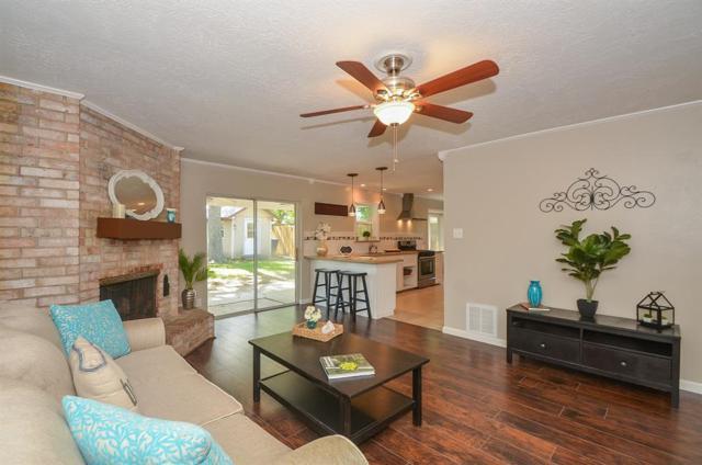 8807 Roos Road, Houston, TX 77036 (MLS #83177884) :: Keller Williams Realty