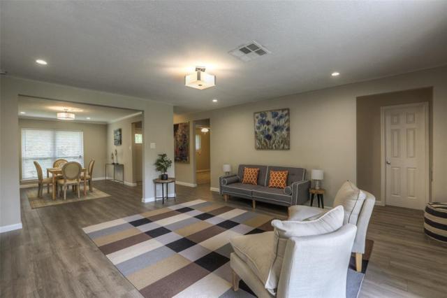 7523 Tanager Street, Houston, TX 77074 (MLS #83198988) :: Team Parodi at Realty Associates