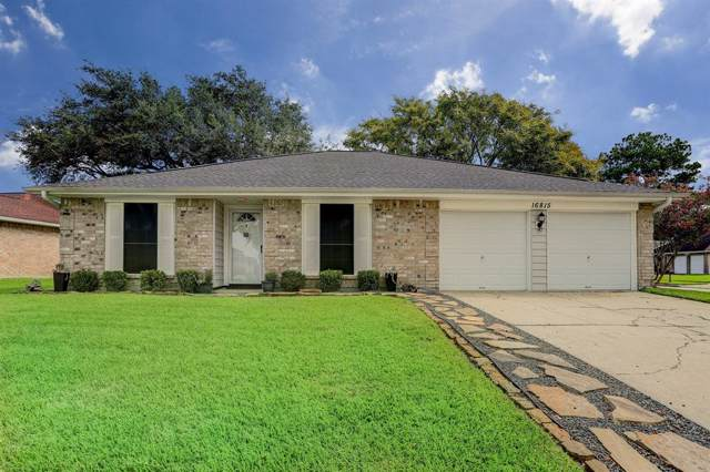 16815 Kings Chapel Court, Friendswood, TX 77546 (MLS #83231457) :: The SOLD by George Team