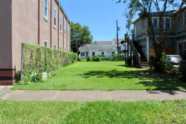 2613 Avenue L, Galveston, TX 77550 (MLS #83237135) :: The Jennifer Wauhob Team